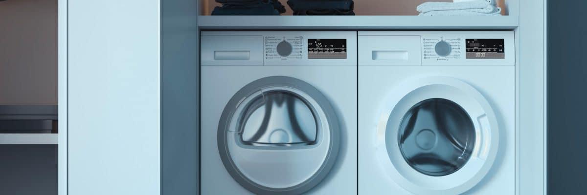 un sèche-linge à condensation et un lave-linge côte à côte