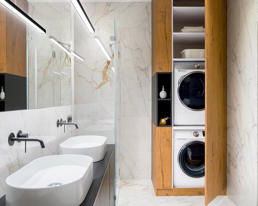 lave-linge et sèche-linge superposés